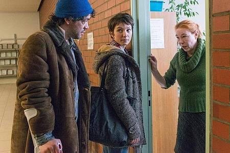 Eine Szene im Drama «Auf dünnem Eis». Foto: Stephanie Kulbach/ZDF/dpa