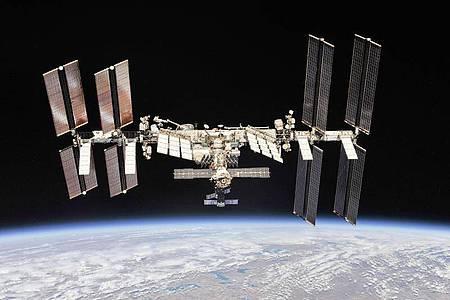 Die Internationale Raumstation: Die Crew-Mitglieder sollen zu Weihnachten auch Geschenke erhalten. Foto: NASA/dpa