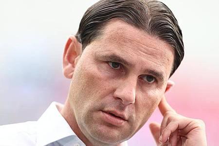 Will mit Bayer Leverkusen um Platz eins in der Gruppe mitspielen: Trainer Gerardo Seoane. Foto: Rolf Vennenbernd/dpa