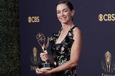 US-Schauspielerin Julianne Nicholson auf dem roten Teppich der 73. Emmy Awards in Los Angeles. Foto: Chris Pizzello/Invision via AP/dpa