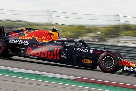 Max Verstappen vom Team Red Bull aus den Niederlanden in Aktion. Foto: Eric Gay/AP/dpa