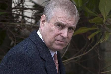 Prinz Andrew von Großbritannien. Der britische Prinz will die Zivilklage einer Frau anfechten, die ihm vorwirft, sie als Minderjährige missbraucht zu haben. Foto: Neil Hall/PA Wire/dpa