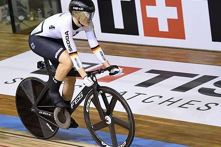 Nach Silber holt Lea Sophie Friedrich nun auch noch Gold bei der Bahnrad-WM. Foto: Francois Lo Presti/AFP/dpa/Archivbild