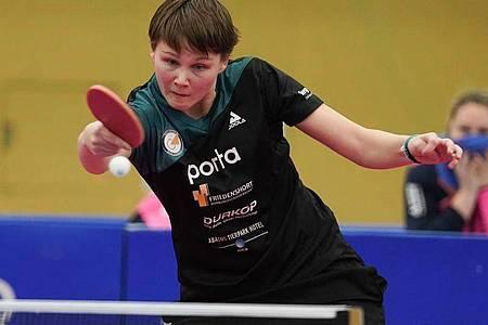 Nina Mittelham spielt bei der Tischtennis-EM groß auf. Foto: Jörg Carstensen/dpa