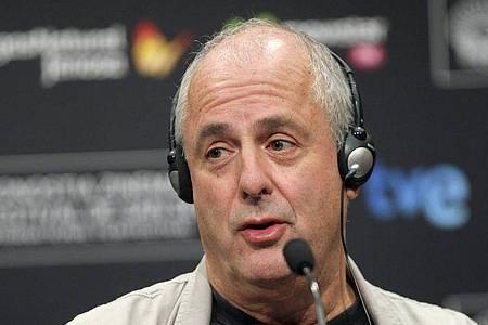 Roger Michell ist tot. Der Regisseur starb im Alter von 65 Jahren. Foto: Juan Herrero/EFE/EPA/dpa
