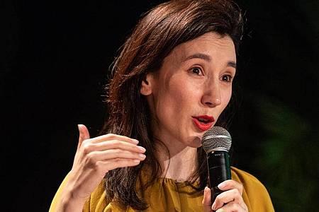 Die Schauspielerin Sibel Kekilli ruft zum Wählen auf. Foto: Fabian Sommer/dpa